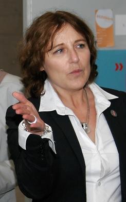 Glückwünsche an Prof. Marion Digel zum Amt derDekanin.